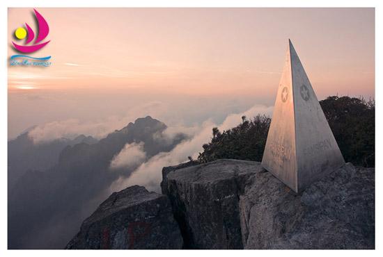 Chinh phục đỉnh Fanxipang
