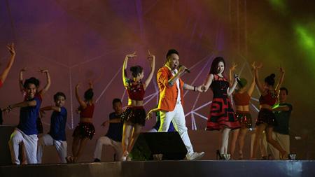 Lễ hội xuất hiện nhiều ca sỹ nổi tiếng