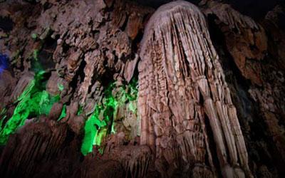 Hang vả- hang động kỳ vỹ nhất thế giới