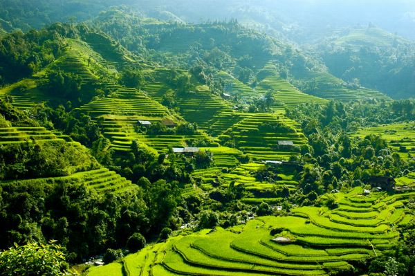 Sapa lọt vào top những ngôi làng kỳ ảo nhất thế giới