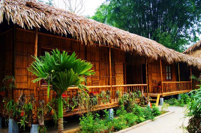 Nhà sàn Mai Châu với lối thiết kế gần gũi với thiên nhiên