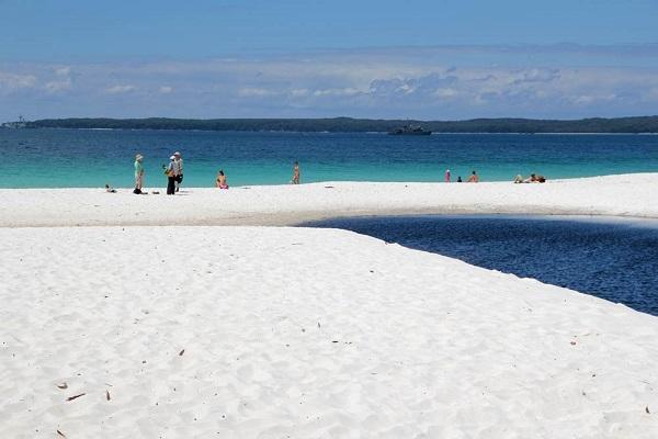 Bãi biển Nhật Lệ Quảng Bình
